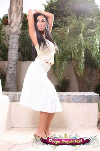 Hot Indian babe, Priya Anjali Rai, illusion like an innocent dream not far from her long ashen skirt, public house..