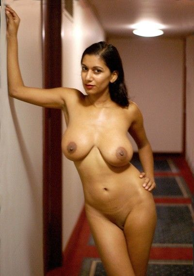 Sexy hot indian desi girls sucking increased by screwing