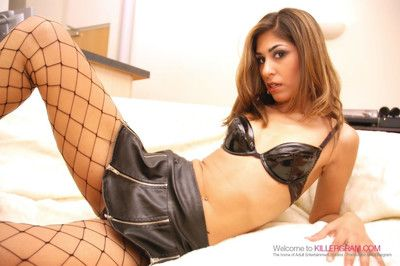 Fishnet stocking indian babes share a big hard cock
