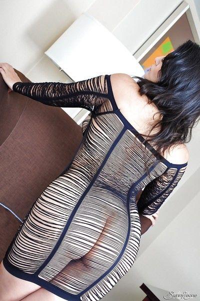 Indian pornstar Acquit Leone reveals her stunning milf body