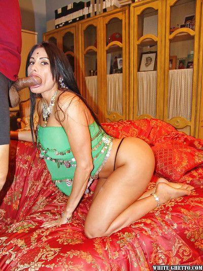 Bootylicious インド slattern 得 彼女の asshole 掘削 ハードコア - creampied