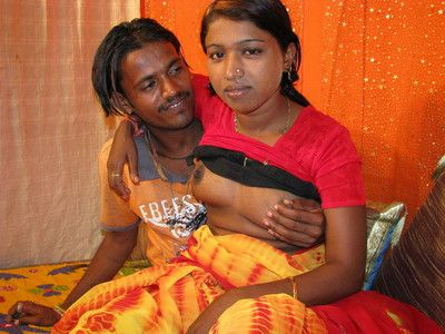 外来 印度 青少年 贝贝 在 武器