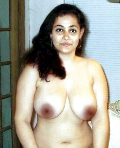 Indian gfs are posing and fucking veranda 9