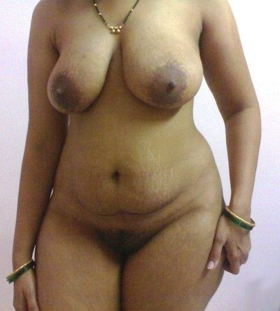 Indian gfs posing added to bonking for the camera