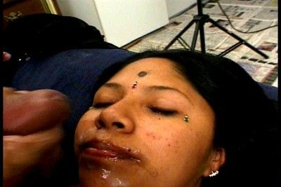 Indian slut gets creamed and fucked