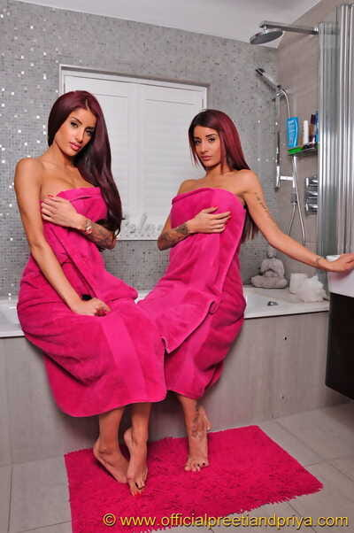 Indian twins Preeti with an increment of Priya unconforming their hot bodies from jibing unclutter stick about